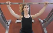 Комплексная тренировка для девушек в тренажерном зале
